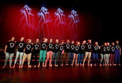 SIng&Shine Singers Sannan johdolla Loista laulaen konsertissa Vocal Espoo Festivaalilla, 2014, Louhisali, Tapiola